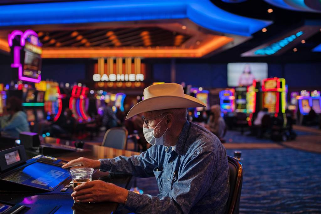 8 Small Changes That Might Have A Big Impact On Your Gambling