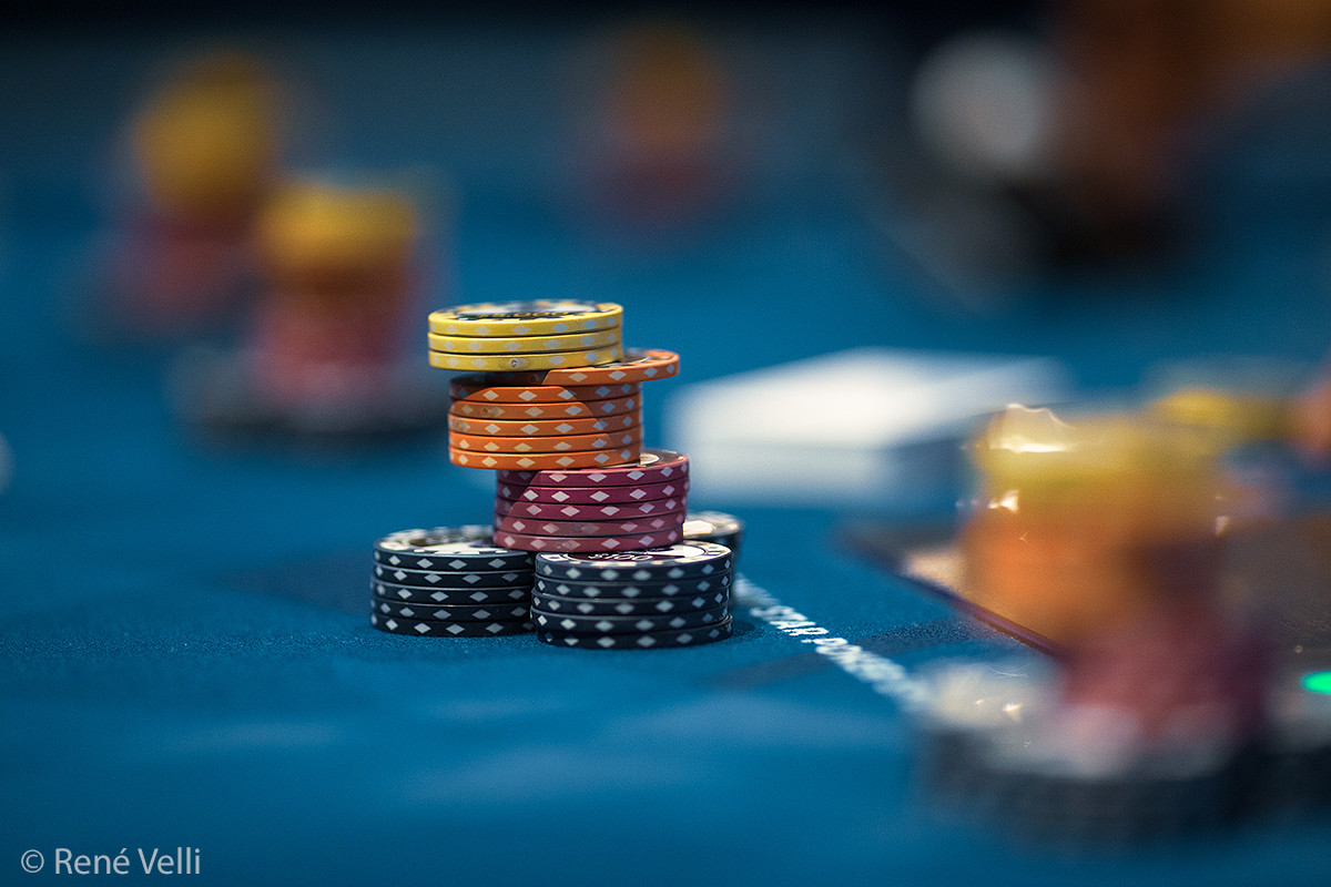 Most People Won't Ever Be Great At Online Casino