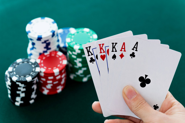 Instant Solutions To Gambling In Step By Step Element